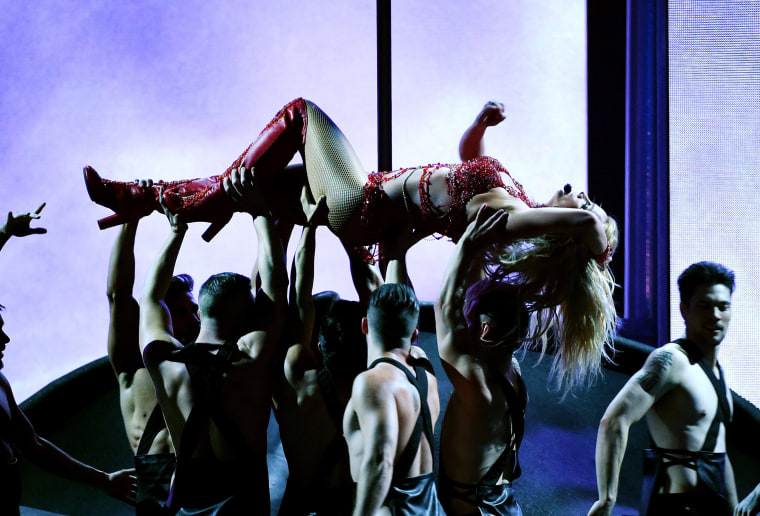 Image: Britney Spears performs onstage