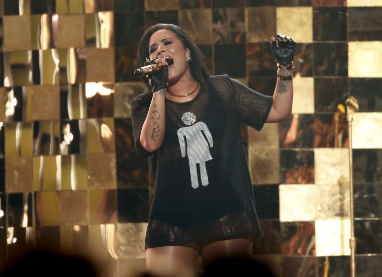 """Image: Demi Lovato performs """"Cool For The Summer"""""""