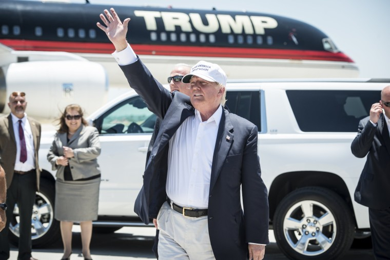 Image: Presidential Candidate Donald Trump Tours U.S. Border In Texas