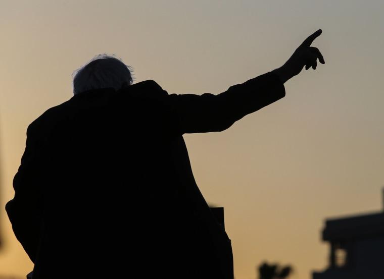Image: TOPSHOT-US-VOTE-DEMOCRATS-SANDERS