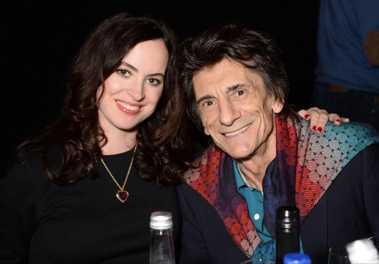 Storbritannien billig försäljning Storbritannien billig försäljning bra utseende Rolling Stones' Ronnie Wood, wife Sally Humphries Wood welcome ...
