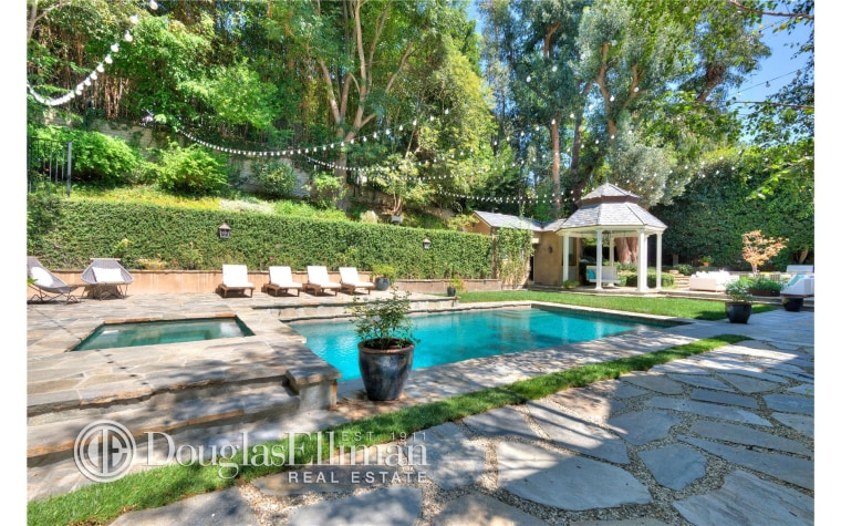 Adele's new Beverly Hills home