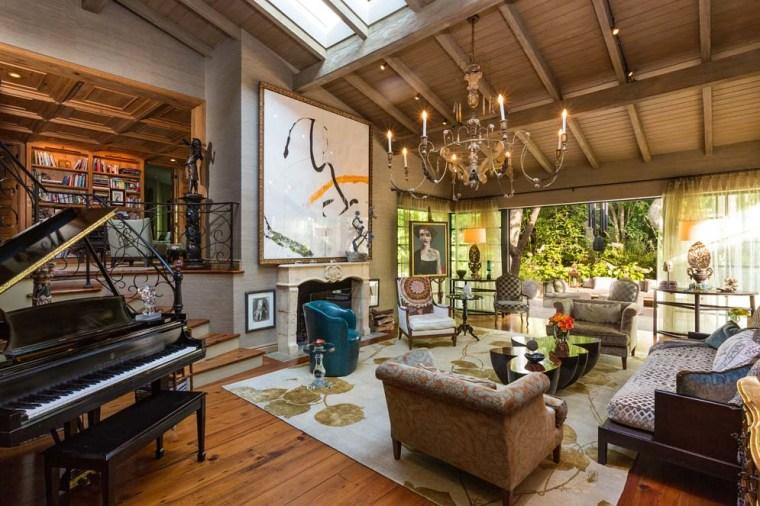 Jennifer Lopez's living room