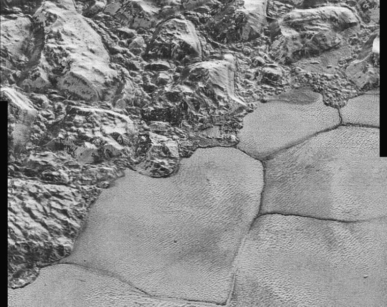 Image: Detail shot of Pluto taken by the New Horizons spacecraft