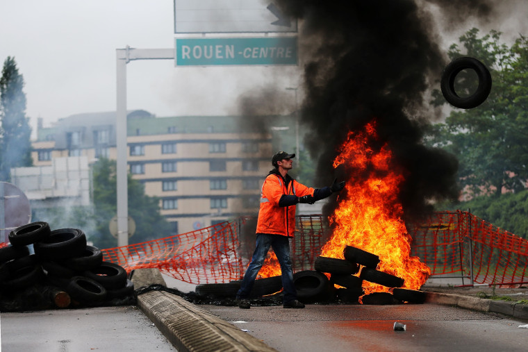 Image: FRANCE-POLITICS-SOCIAL-LABOUR-REFORM-PROTEST