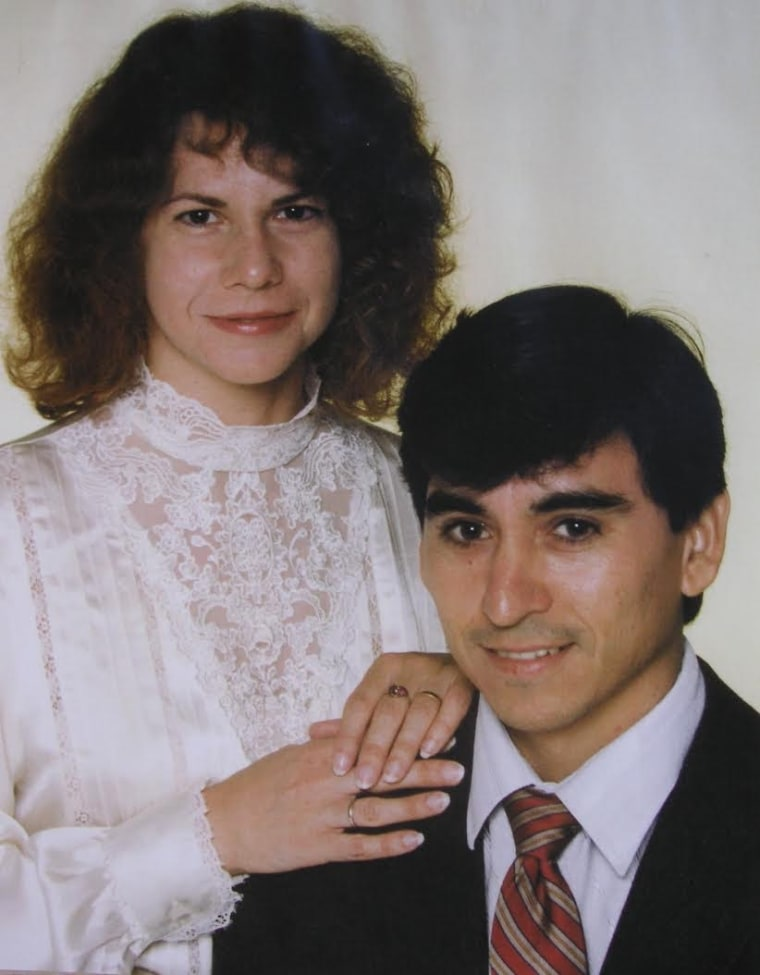 Linda and Sixto Valdez took this photo on their wedding day in 1989.