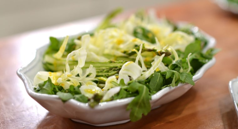 A delicious asparagus and fennel salad with orange dressing
