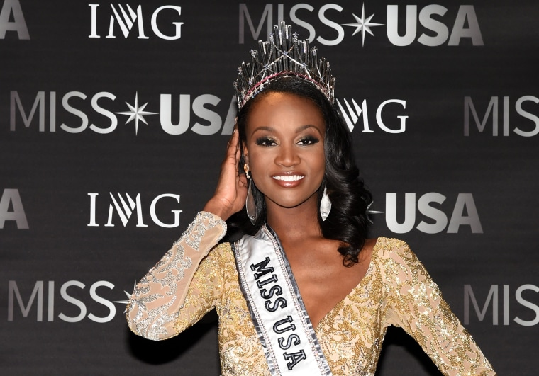 Image: 2016 Miss USA Competition - Show