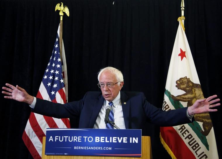Image: US Democratic presidential candidate Bernie Sanders in Los Angeles, California