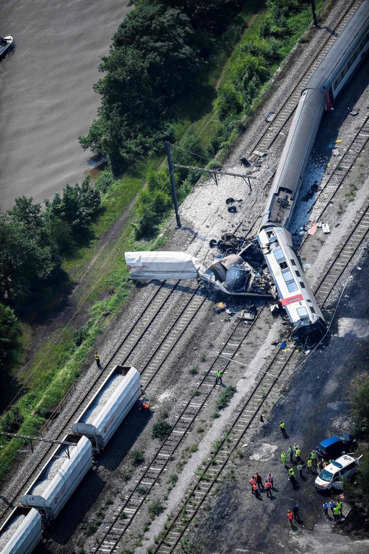 Image: BELGIUM-CRASH-TRAIN