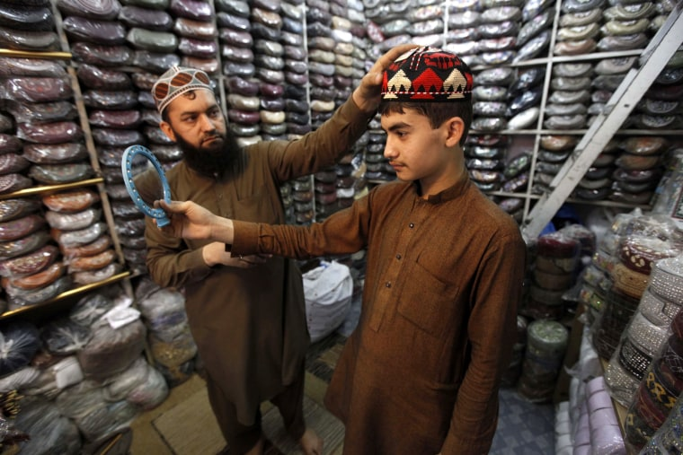 Image: Preparations for Ramadan in Pakistan