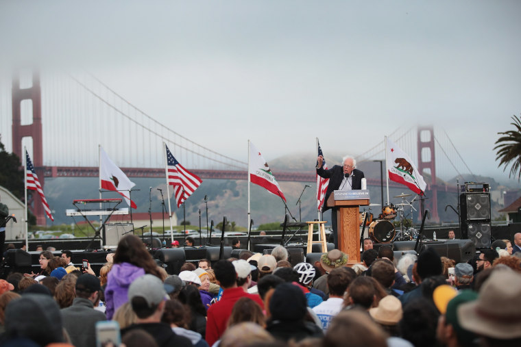 Image: Bernie Sanders Campaigns In SF Bay Area One Day Before California Primary