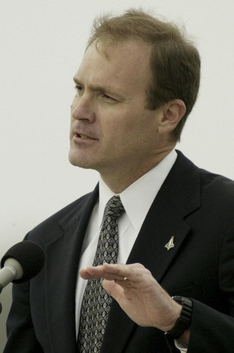 Image: James Halsell Jr. in 2003