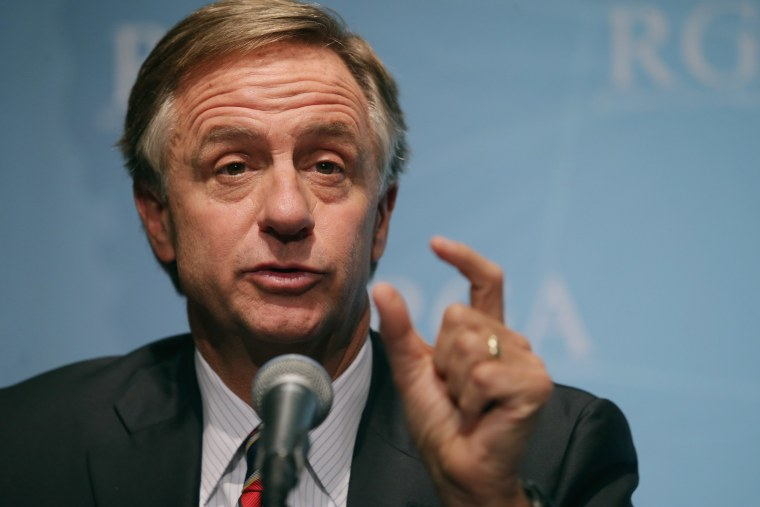 Republican Governors Association Chairman and Tennessee Governor Bill Haslam holds a news conference at the U.S. Chamber of Commerce February 23, 2015 in Washington, DC.