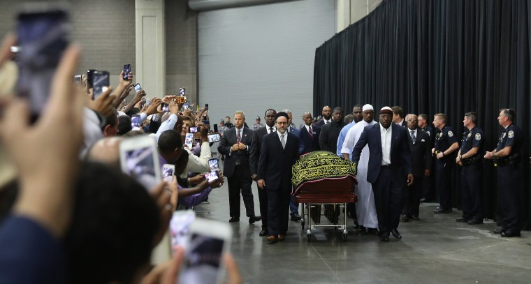 Image: Islamic Funeral Prayer Program Held For Muhammad Ali In Louisville