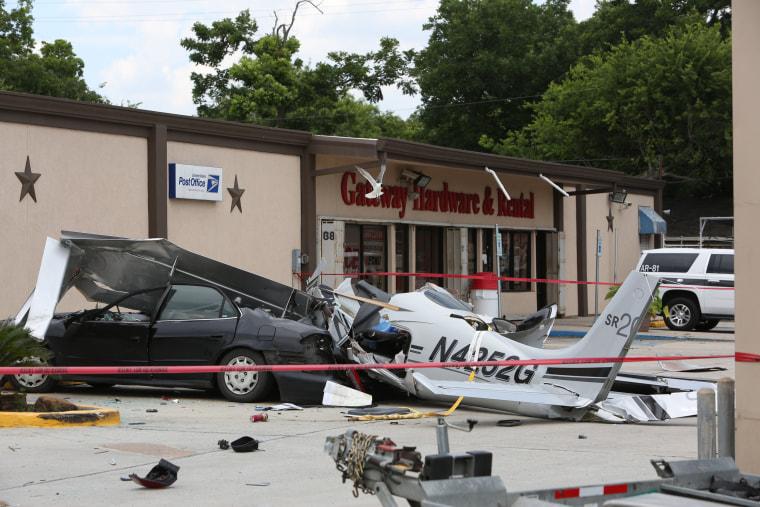 Image: Houston Plane Crash