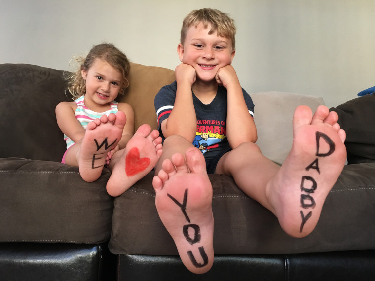 IMAGE: Foot message
