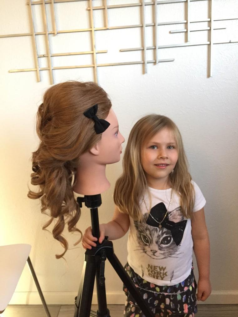 5-year-old mini hairstylist