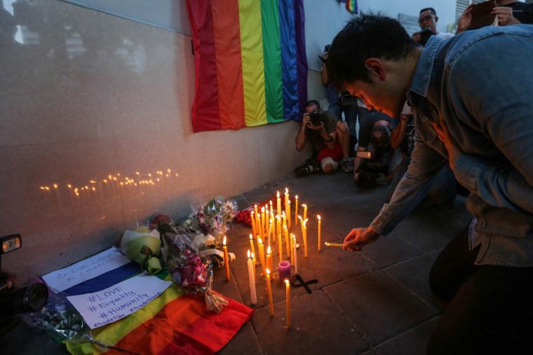 Image: Vigils In Bangkok After The Orlando Shooting