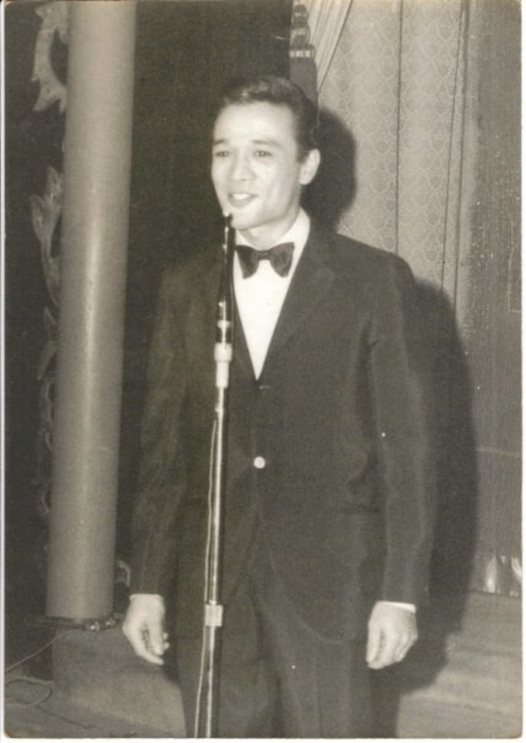 Jimmy Borges performing at age 22.
