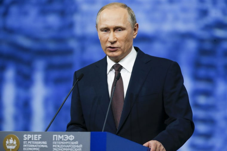 Image: Russian President Vladimir Putin addresses the St. Petersburg International Economic Forum