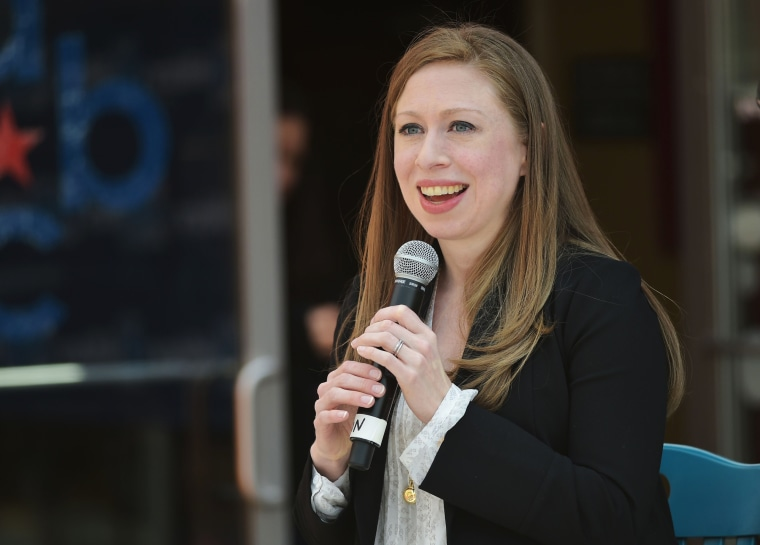Image: Chelsea Clinton campaigns for her mother