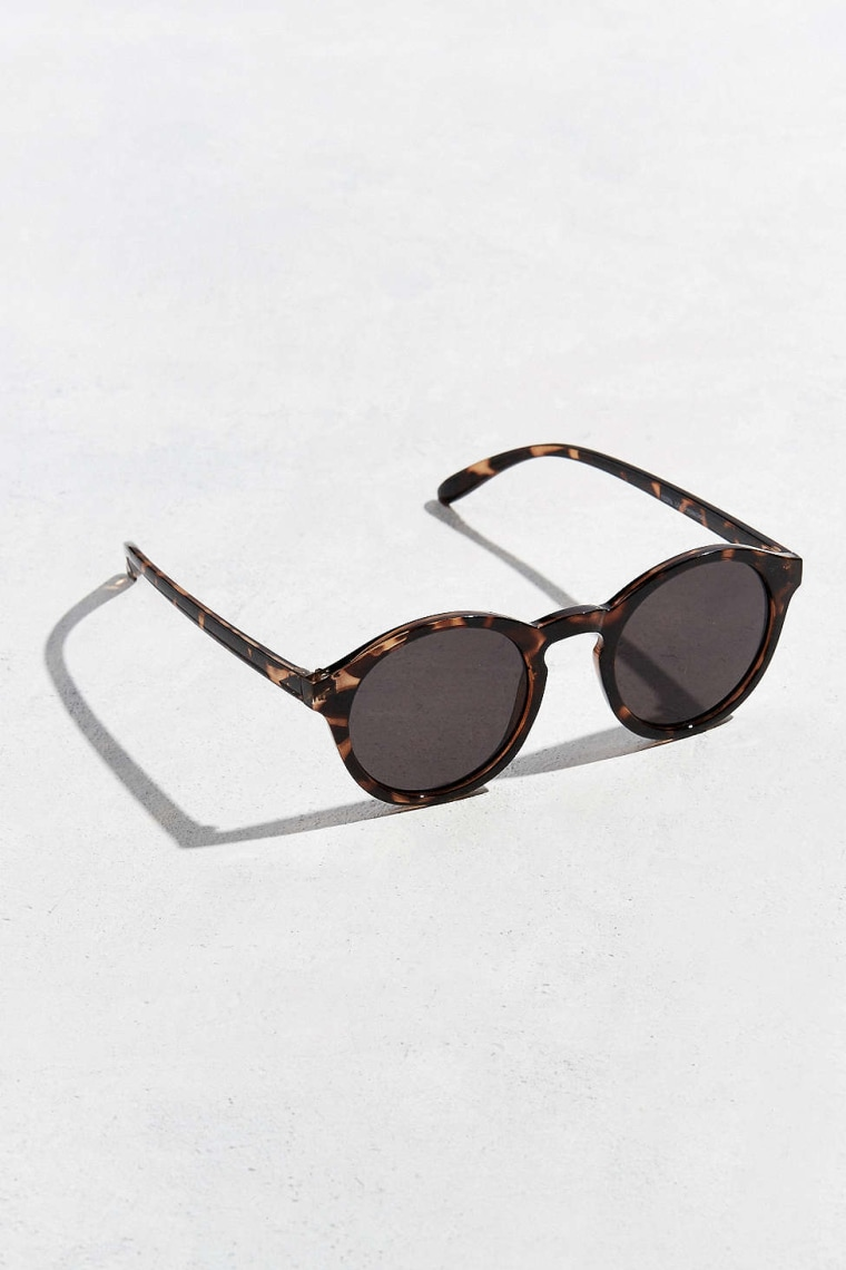 Urban Outfitter sunglasses for an oval face