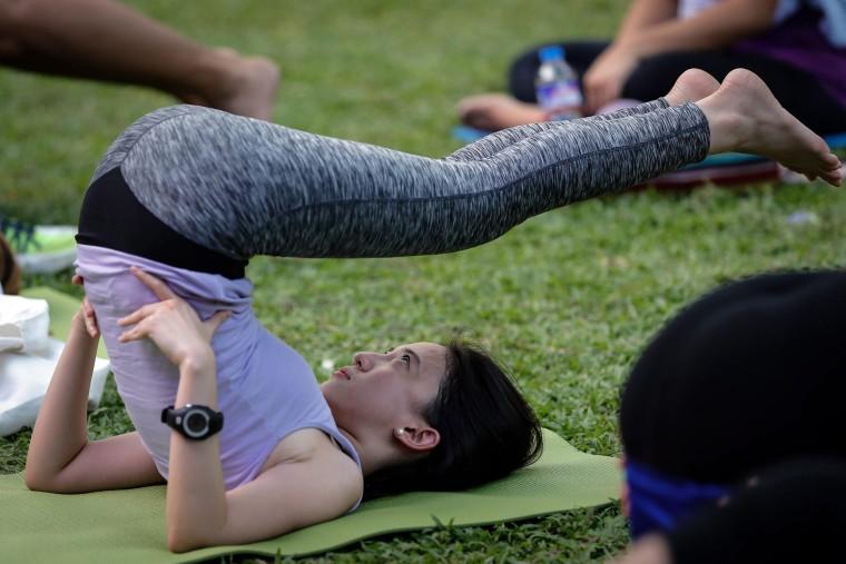 Image: International Day of Yoga in Manila