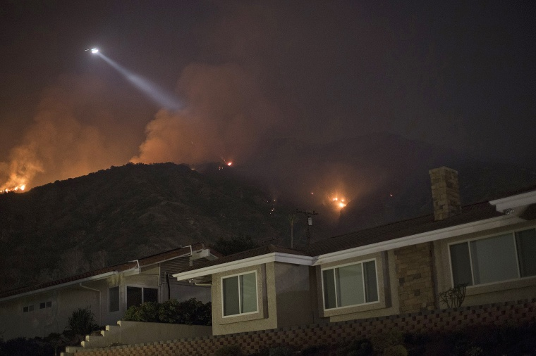 Image: Wildfires Break Out In Los Angeles County As Temperatures Hit Record Highs