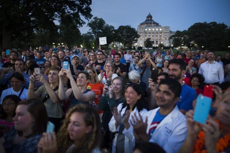 Image: Democrat Legislators stage Sit-In to try to force vote on gun restrictions