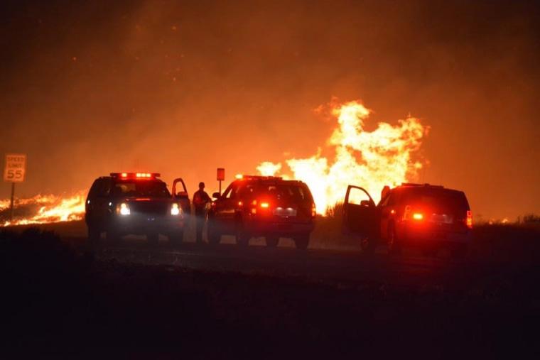 Image: Erskine Wildfire near Lake Isabella
