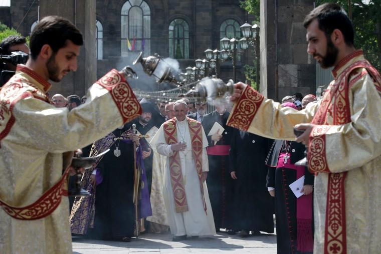 Image: TOPSHOT-ARMENIA-POPE-VISIT