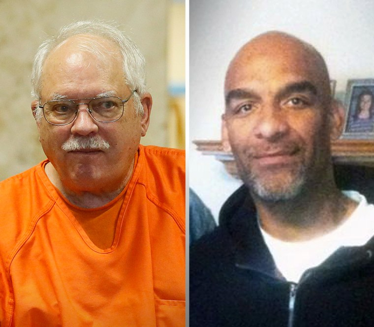 From left, Robert Bates, a former Oklahoma volunteer sheriff's deputy who said he mistook his handgun for his stun gun when he fatally shot an unarmed suspect in 2015, and Eric Harris, the suspect who was shot.