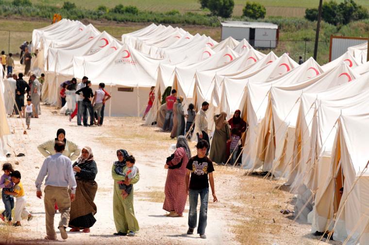 Image: Syrian refugee crises in Turkey border