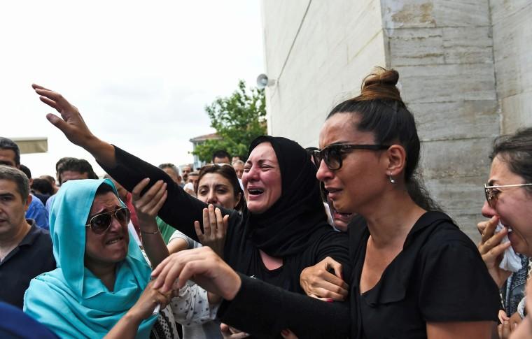 Image: TURKEY-ATTACKS-AIRPORT