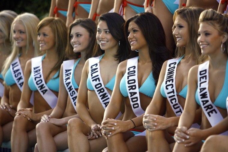 IMAGE: Miss Teen USA 2007 contestants