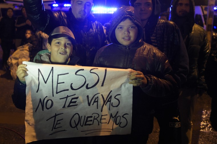 Argentines beg Lionel Messi to Stay After Retirement