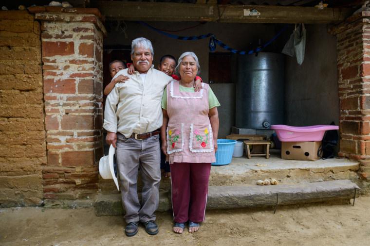 Masienda partner grower, Catarino, and his family in Oaxaca.