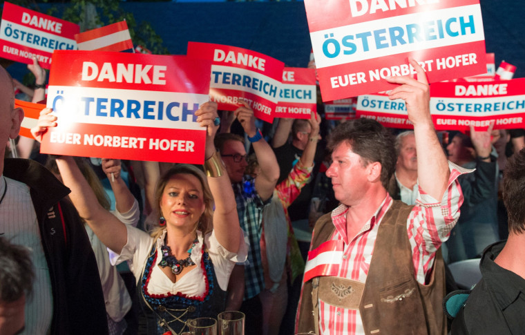 Image: Supporters of the Austrian Freedom Party on May 22, 2016