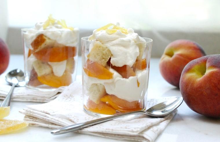 Easy dessert: 5-ingredient peach shortcake parfaits