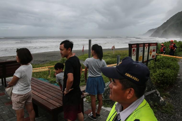 Image: Super Typhoon Nepartak Hits Taiwan
