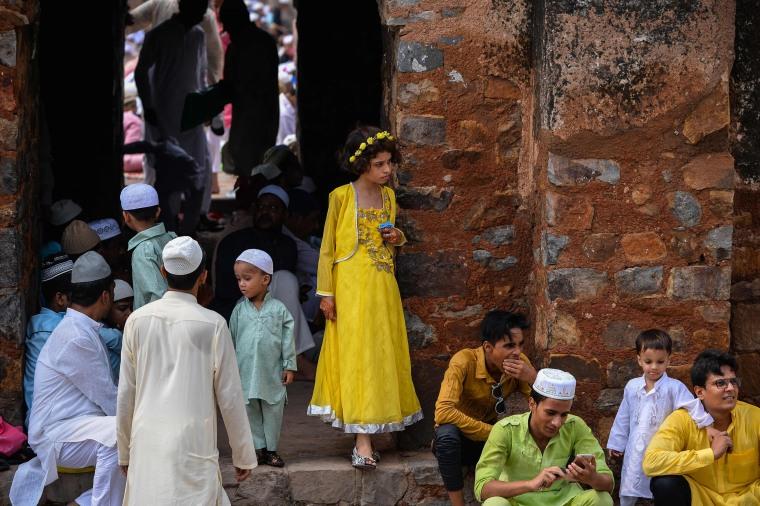 Image: TOPSHOT-INDIA-RELIGION-ISLAM-EID