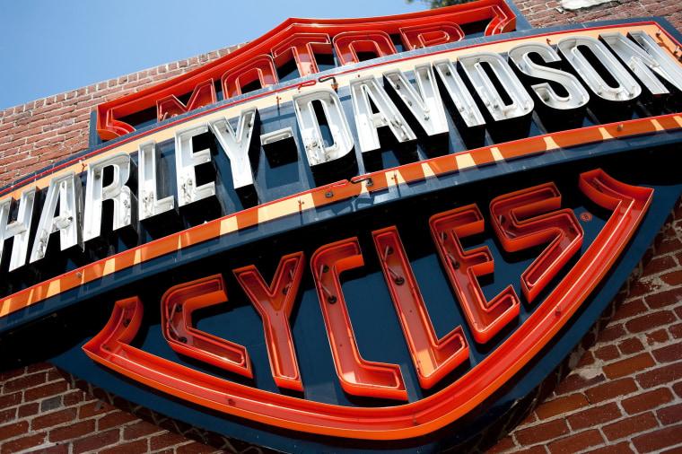 Image: A sign for Harley-Davidson