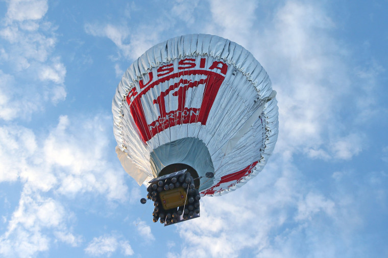 Image: Russian Adventurer Takes Off In Hot Air Balloon For Non-Stop Round-The-World Record Attempt