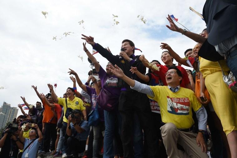 Image: Filipino reaction