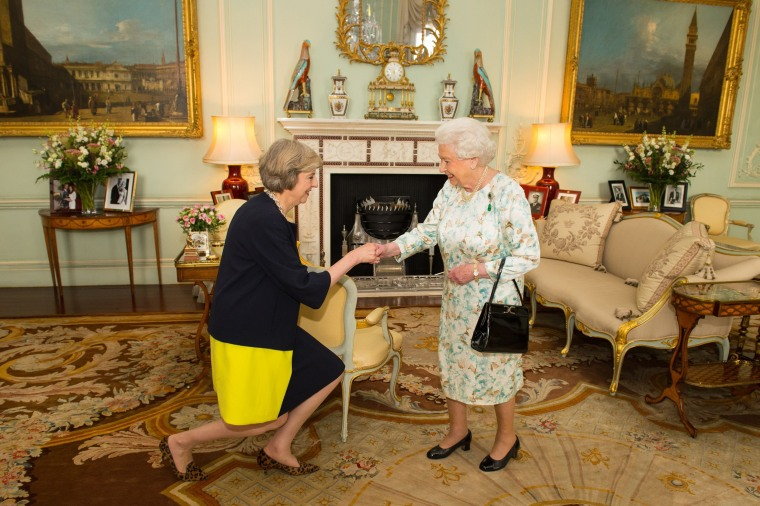 Image: Theresa May, Queen Elizabeth II