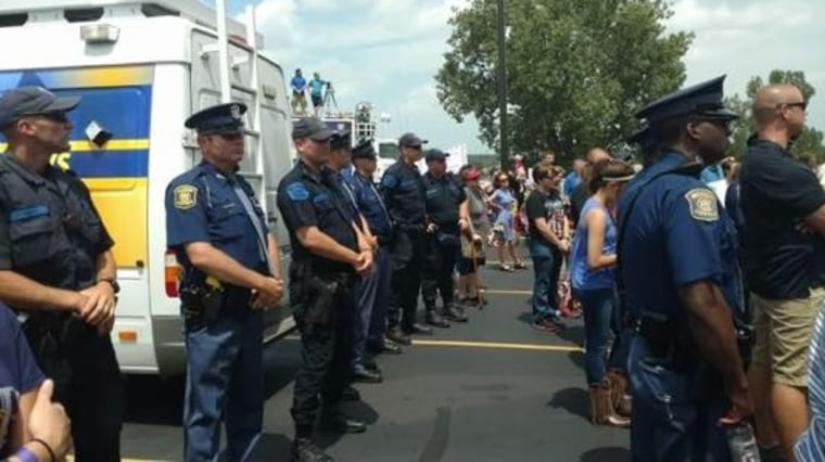 IMAGE: Honor line for slain Michigan bailiffs