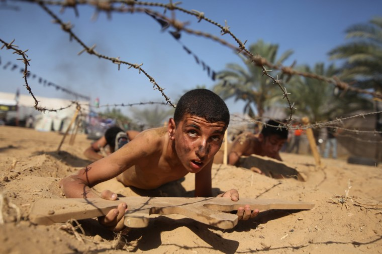 Image: Military summer camp in Gaza Strip
