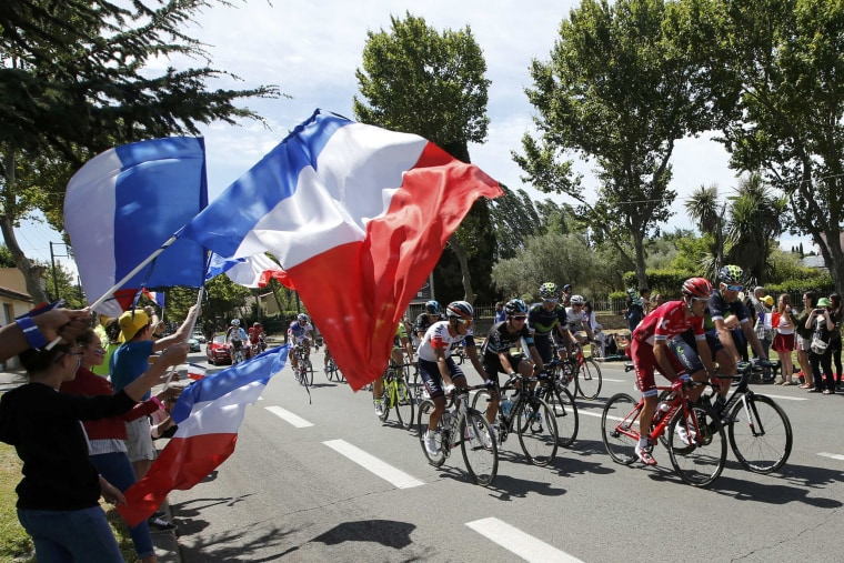 Image: Cycling -  The Tour de France cycling race - Stage 12 from Montpellier to Chalet-Reynard