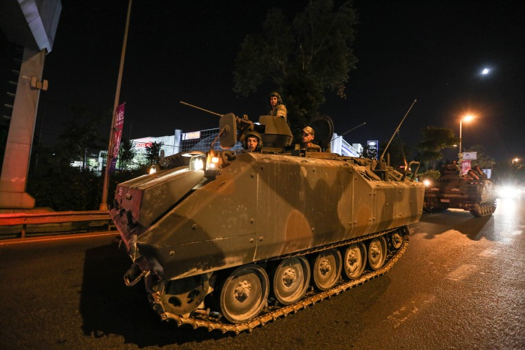 Image: Military Occupy Strategic Locations In Turkey